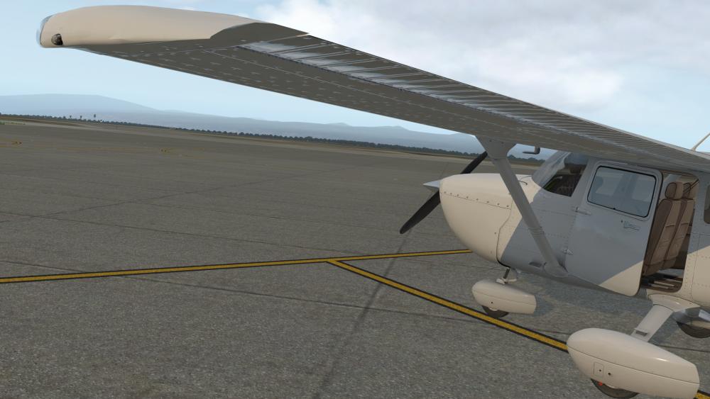 Cessna_172SP_40.thumb.png.b78860be4d605eedd0407d33632b4b95.png